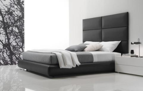 Respaldo cama en blocks o cuadros separados con somier tapizados todo con cuero de vaca