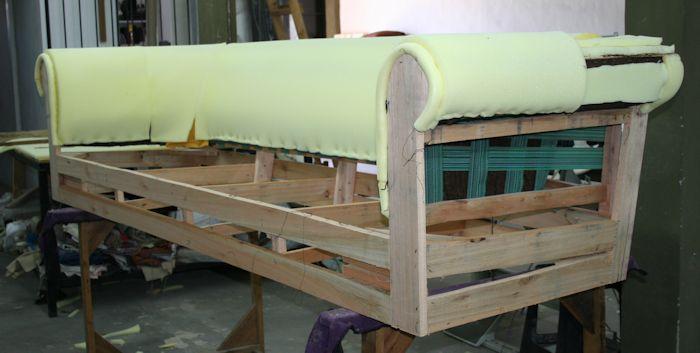 Esqueleto de sofá Chester en Saligna en pulgada con brazo y respaldo preparado